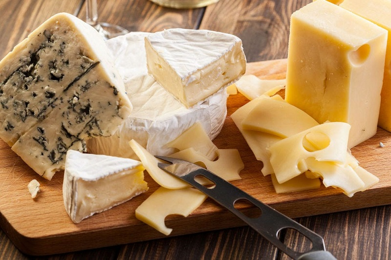 Tips for cutting cheese