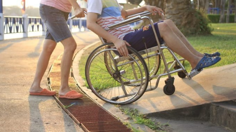 How to Help a Disabled Loved One Live More Independently